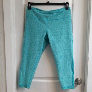 Ladies Zella workout crop capri leggings sz L